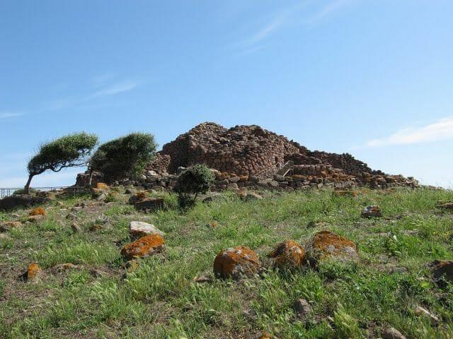 complejo nuragico de Seruci, nuraghes cerdeña
