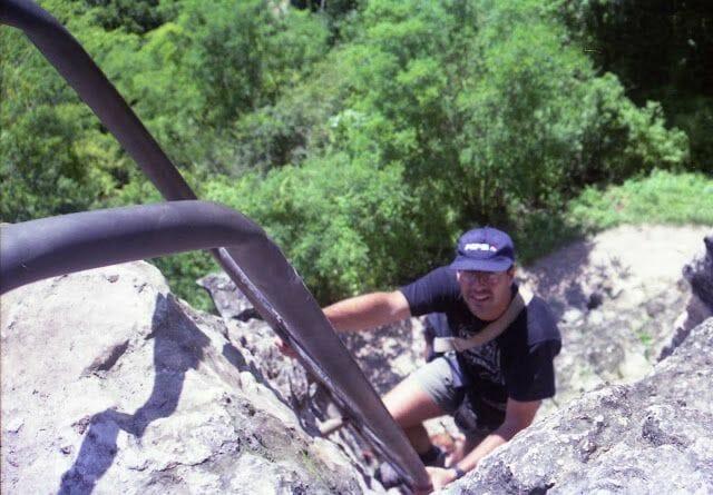 subir piramide de Tikal