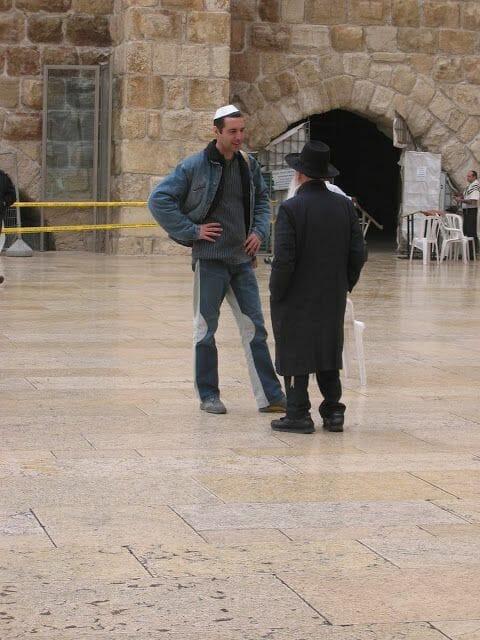 judíos del muro de las lamentaciones