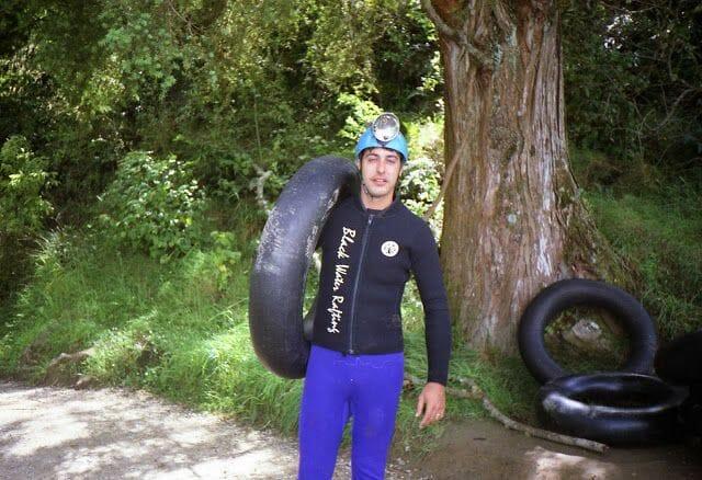Black Water Rafting en Te Anaroa Cave