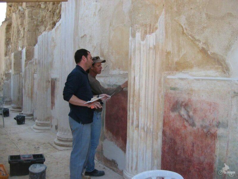 arqueologos restauradores de Masada