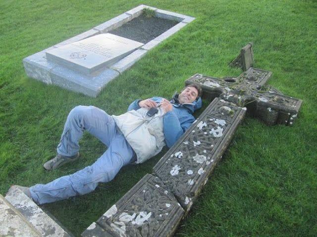 tumbado con cruz celta
