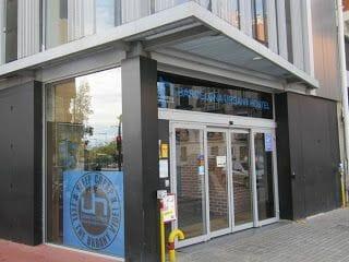 entrada albergue Urbany