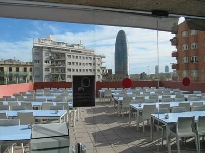 albergue Urbany terraza