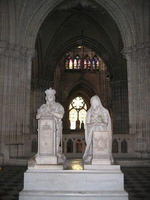 Estatuas catedral de Saint Denis