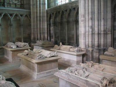 reyes de Francia mausoleo