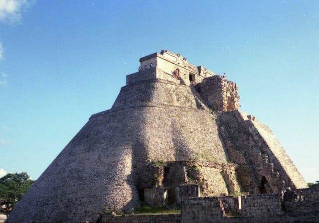 Pirámide del Adivino de Uxmal