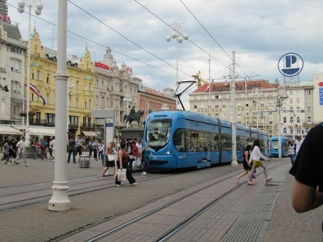Trg. Josip Jelačić, plaza Josep Jelacic,plazas zagreb