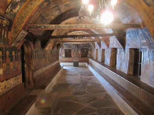interior Iglesia de la Natividad Arbanasi