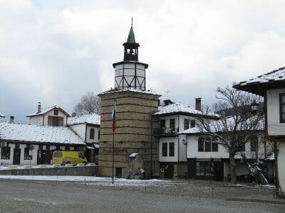 torre del reloj Triavna