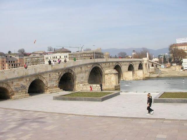 Kamen Most de Skopje