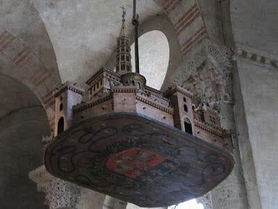maqueta colgada San Sernin de Toulouse