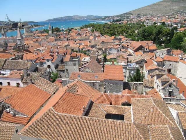 vistas desde el campanario de la catedral de Trogir