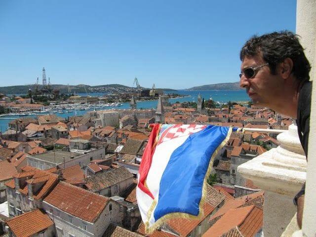 bandera croacia de la catedral de Trogir