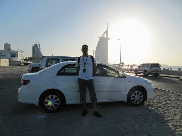 coche para el viaje a Emiratos Árabes
