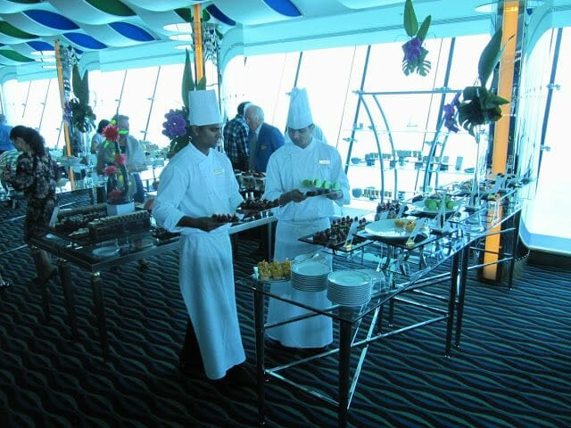 restaurante del Burj al Arab camareros