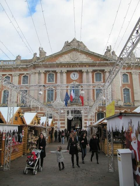 plaza del Capitolio Toulouse
