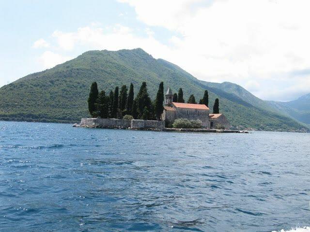 la isla de San Jorge, Sveti Dorde