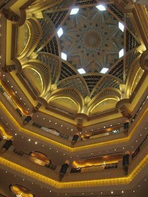 abu dhabi en un viaje a Dubai