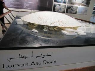 Louvre abu dhabi, museos en abu dhabi, isla saadiyat