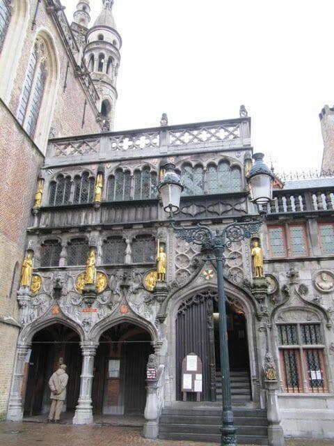 basilica santa sangre, capilla de Brujas