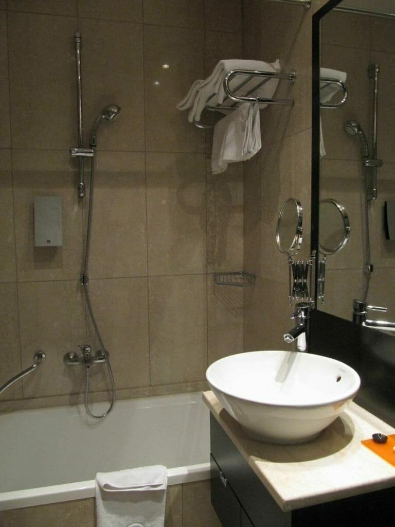 baño Levante Laudon apartments Viena