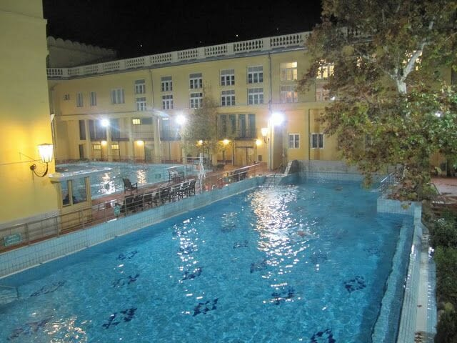 balneario de Lukacs en Budapest, baños termales, baños y balnearios Budapest