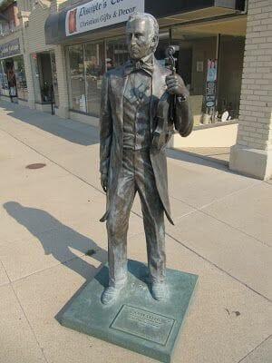 John Tyler statue, estatua de John Tyler, estatuas de rapid city