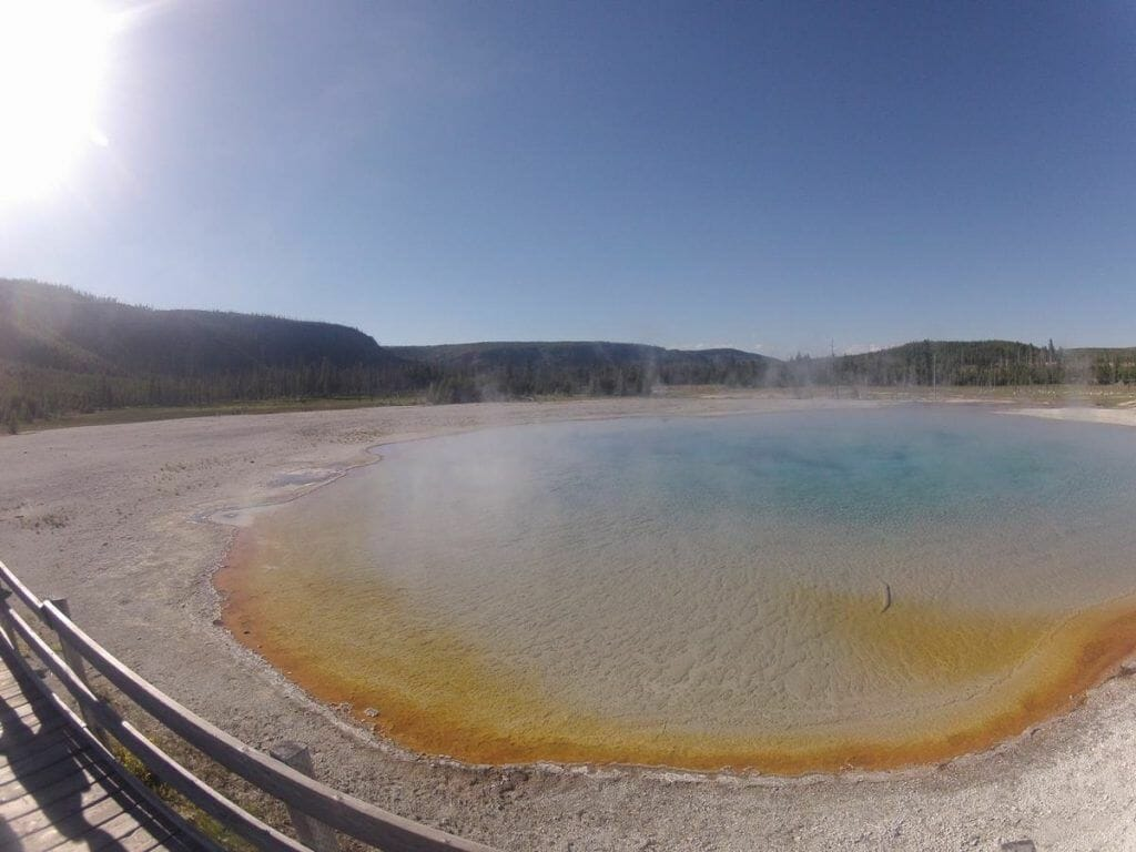 Sunset lake, black sand basin, Yellowstone