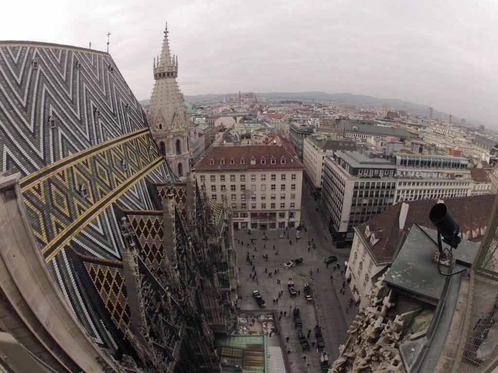 vista desde lo alto de la catedral de Viena