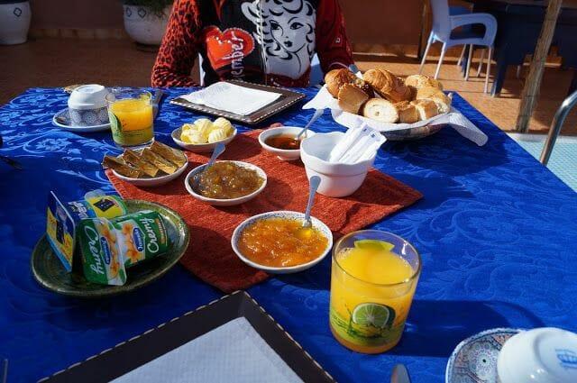 Le petit Riad de Ouarzazate desayuno