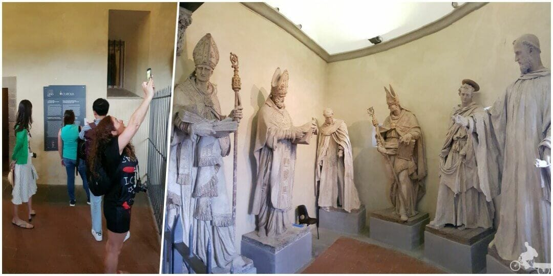 estatuas en la subida a la cupula de florencia