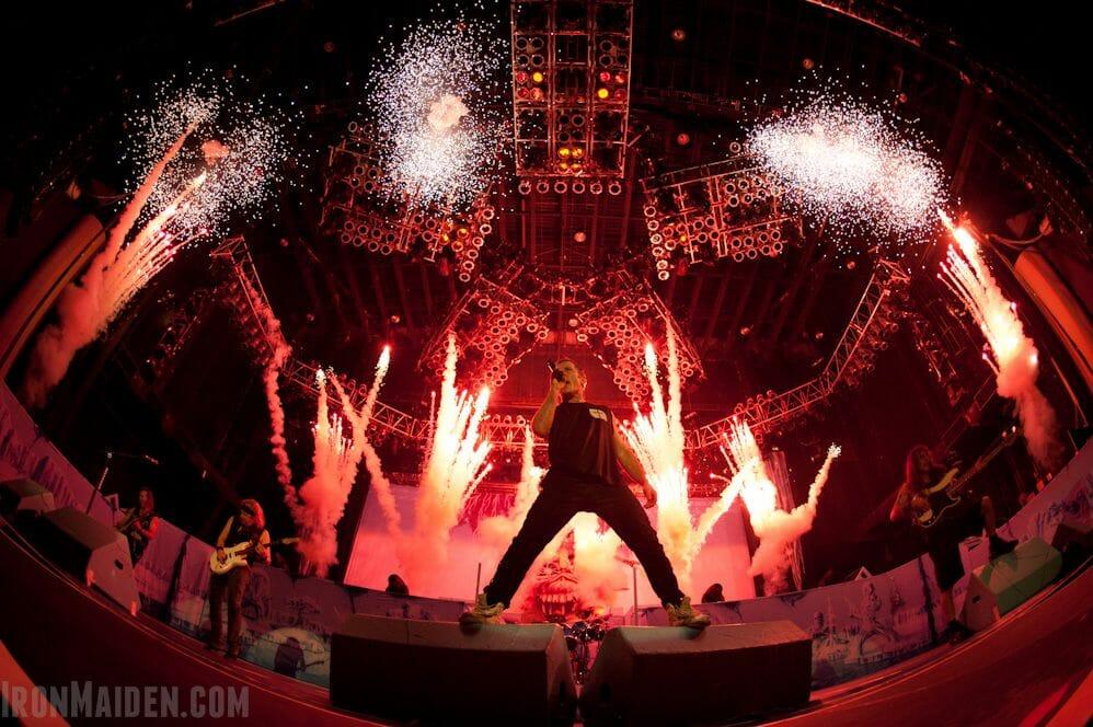 escenario iron maiden gira maiden england 2012