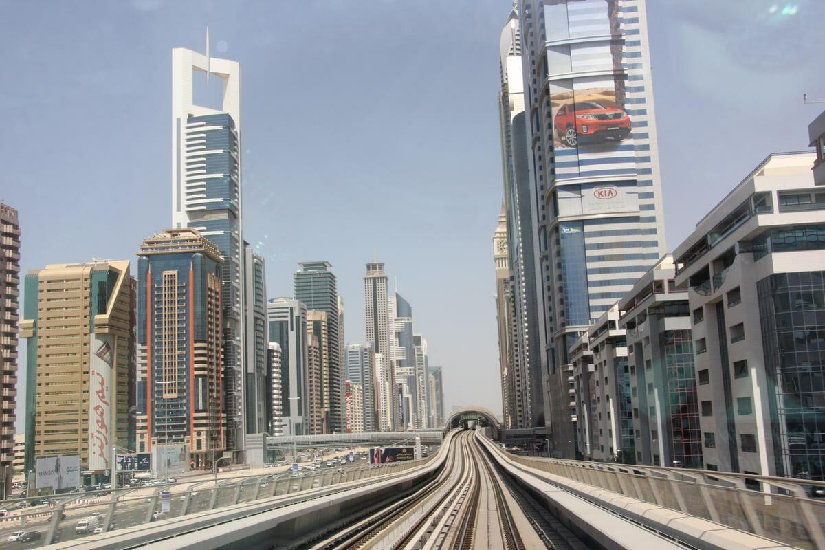 El metro de Dubai y sus imagenes