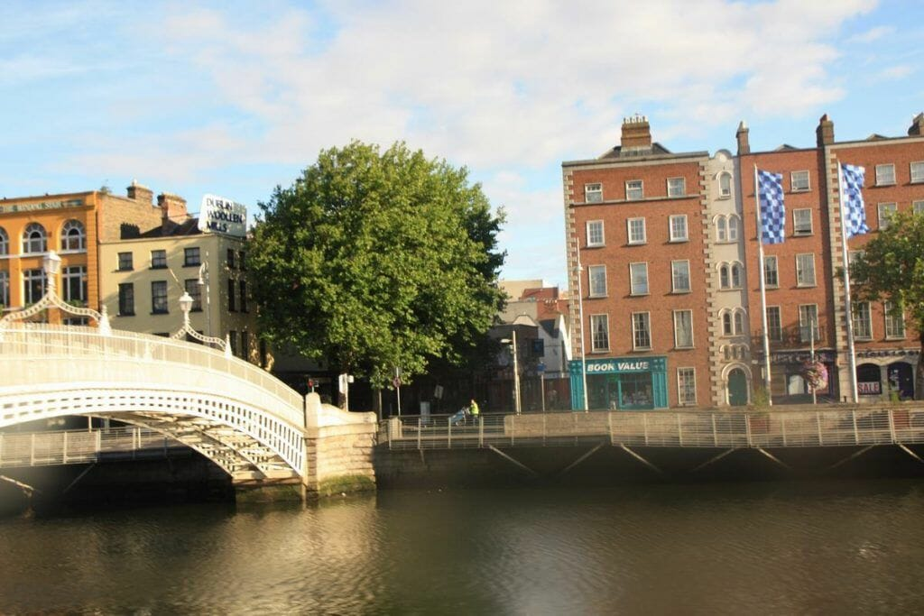 Ha'penny Bridge, Temple Bar