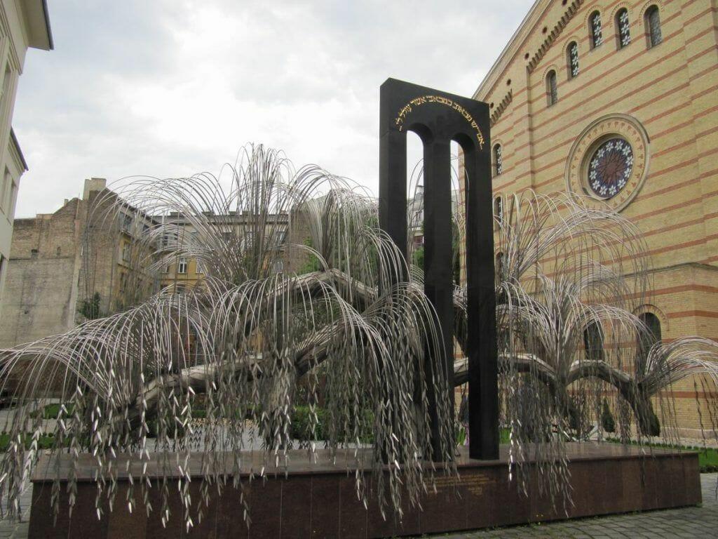 arbol de la vida de sinagoga de budapest
