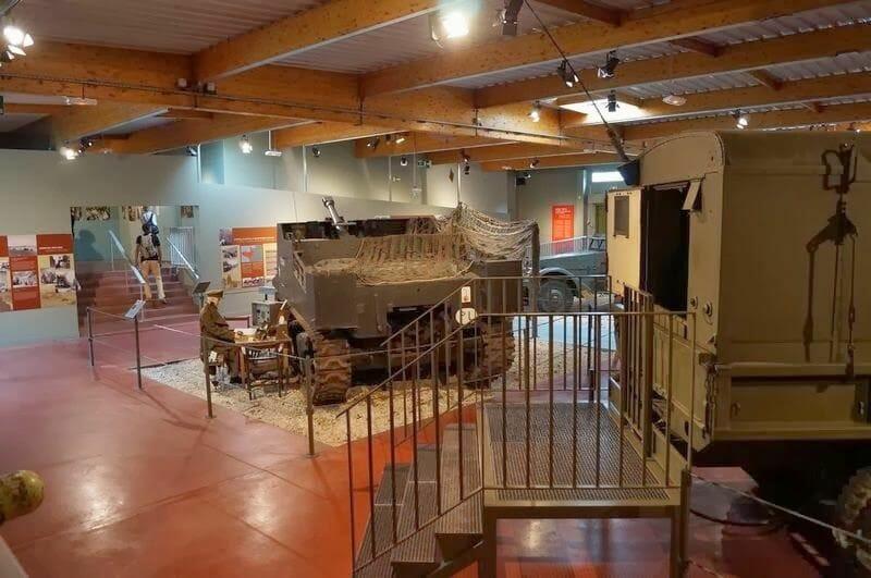sala museo memorial bayeaux