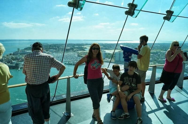 Spinnaker tower mirador