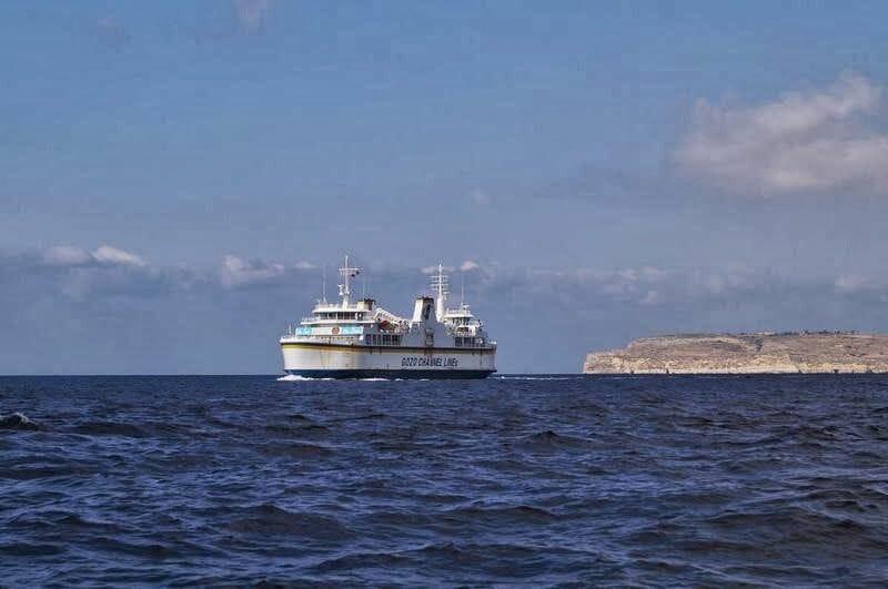 ferry a la isla de Gozo Malta
