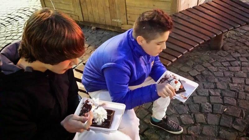 comer gofres en Lieja