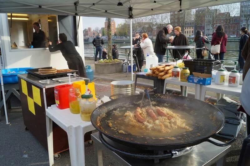 comida callejera en Lieja
