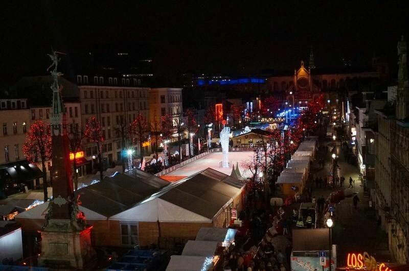 Mercado de Navidad Bruselas de la PLAZA DE SANTA CATERINA