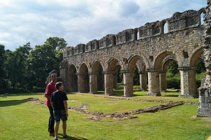 abadia Buildwas, abadia cisterciense, abadia inglesa, ruinas inglesas, Heritage, english heritage