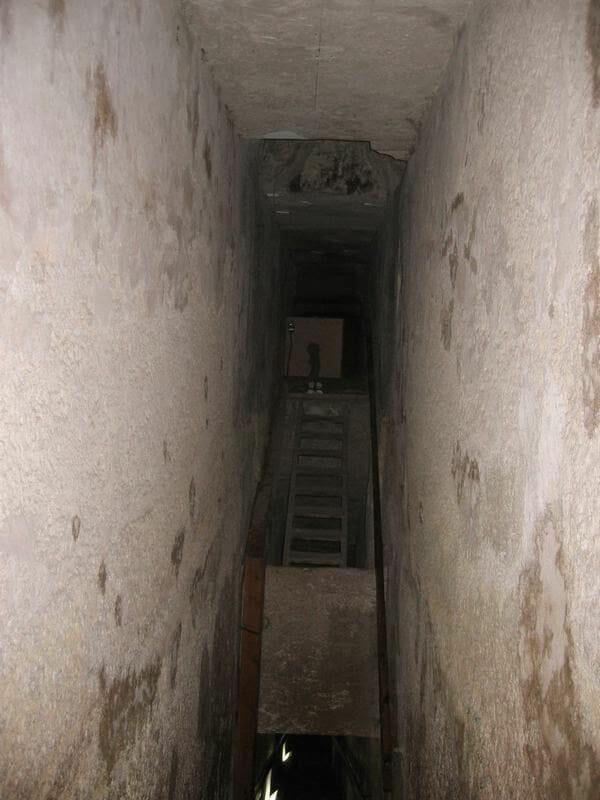 pirámide de Kefrén interior