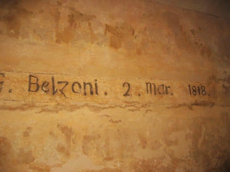 pintada de Belzoni en el interior de la pirámide de Kefrén