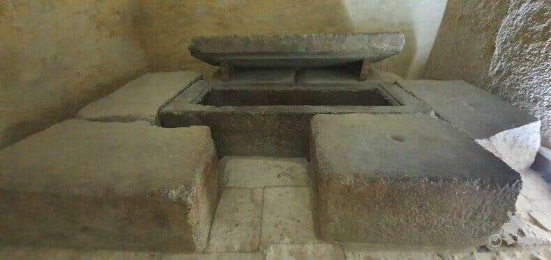sarcófago de Kefrén pirámide