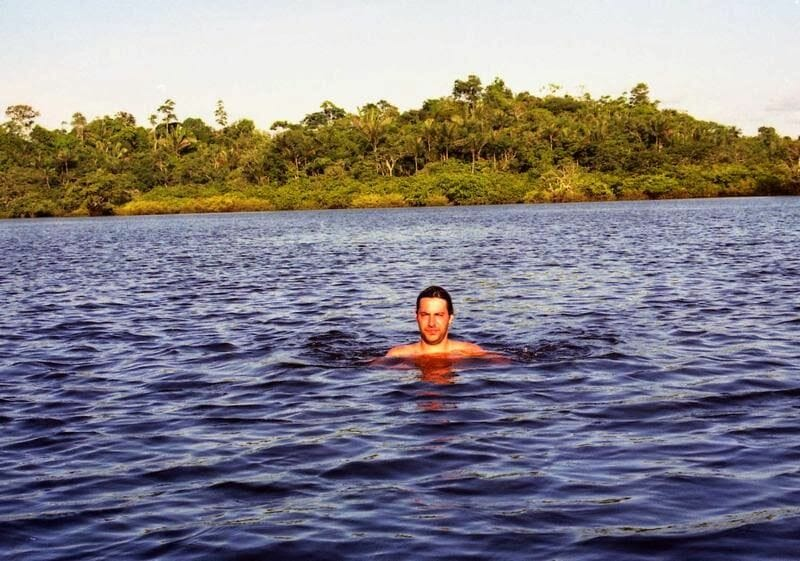 baño en la selva
