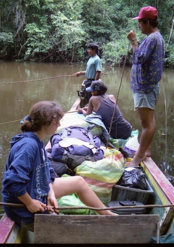 pescar en la selva pirañas