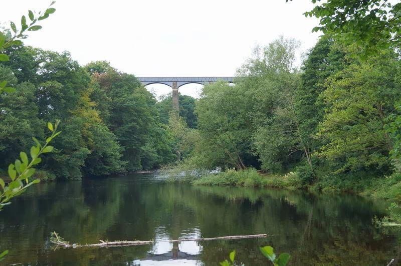acueducto de Pontcysyllte desde el río