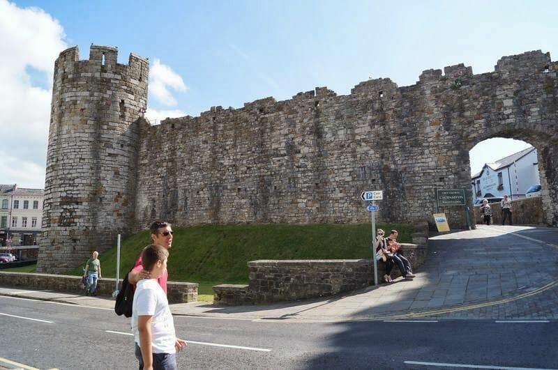 entrada castillo de Caernarfon